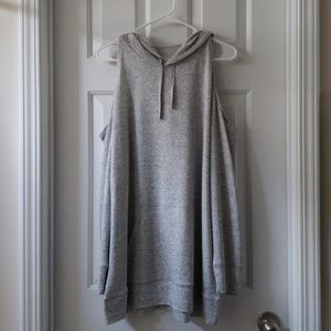 [NEW LISTING] NY&CO Cold Shoulder Hooded Tunic